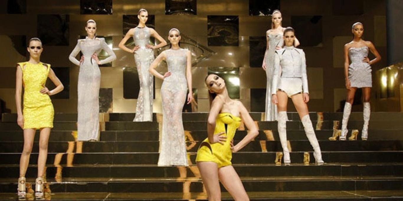 87d82e8f68f7 LA STORIA DELLA MODA ITALIANA: VERSACE • Camera Nazionale della Moda ...