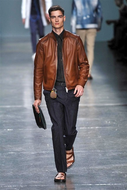 Fotoservizio/SS 2015/MEN/FENDI/DP1/2