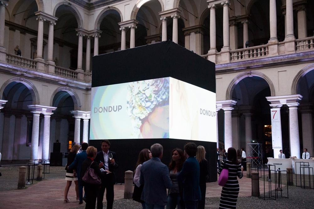 Presentazione S/S 2015 - Dondup 26