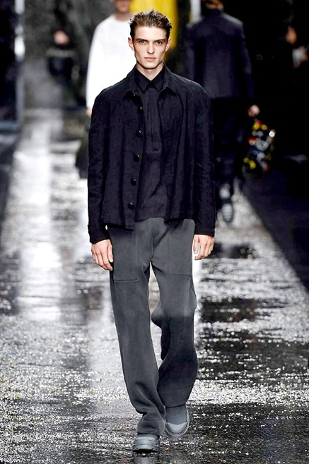 Fotoservizio/SS 2016/MEN/FENDI/DP1/26