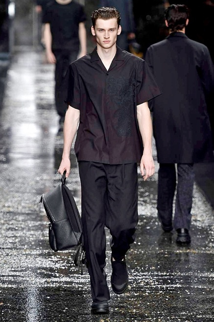 Fotoservizio/SS 2016/MEN/FENDI/DP1/34