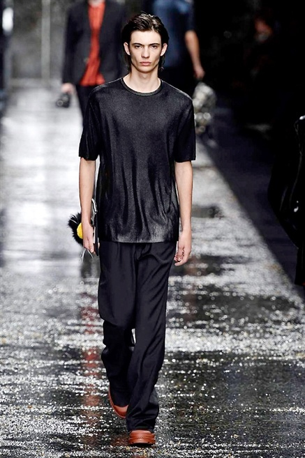 Fotoservizio/SS 2016/MEN/FENDI/DP1/43