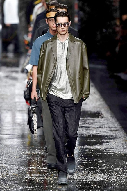 Fotoservizio/SS 2016/MEN/FENDI/DP1/45