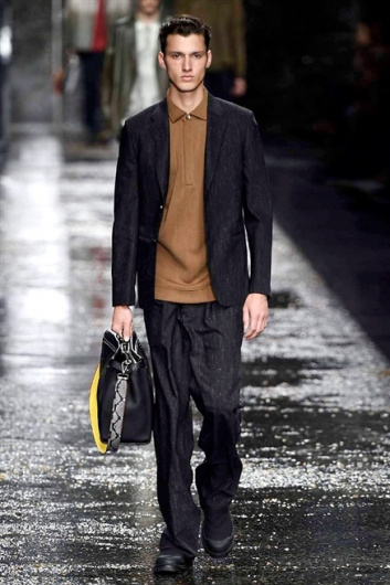 Fotoservizio/SS 2016/MEN/FENDI/DP1/6