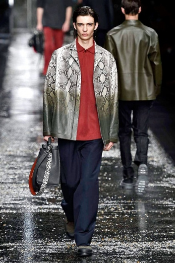 Fotoservizio/SS 2016/MEN/FENDI/DP1/8