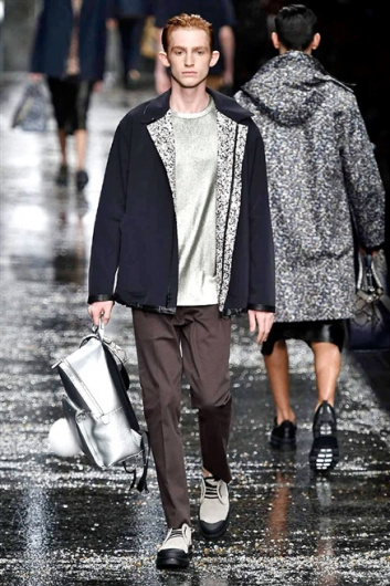 Fotoservizio/SS 2016/MEN/FENDI/DP1/14