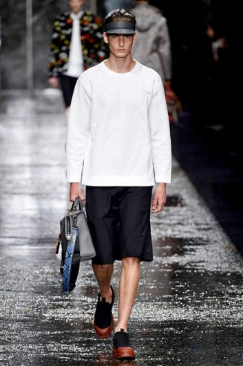 Fotoservizio/SS 2016/MEN/FENDI/DP1/20