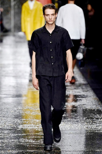 Fotoservizio/SS 2016/MEN/FENDI/DP1/22