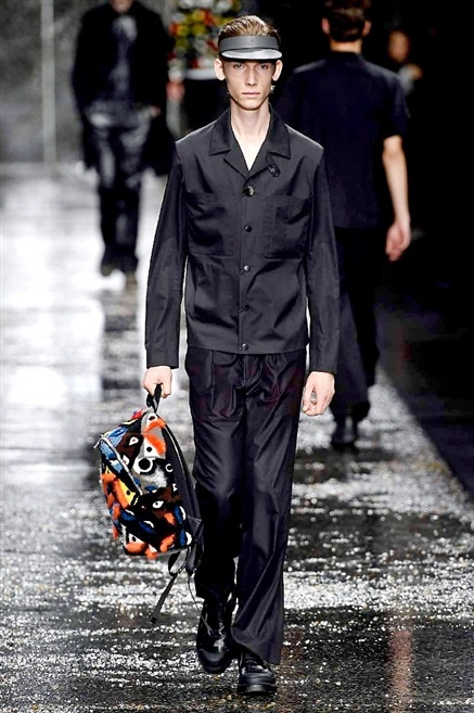 Fotoservizio/SS 2016/MEN/FENDI/DP1/24