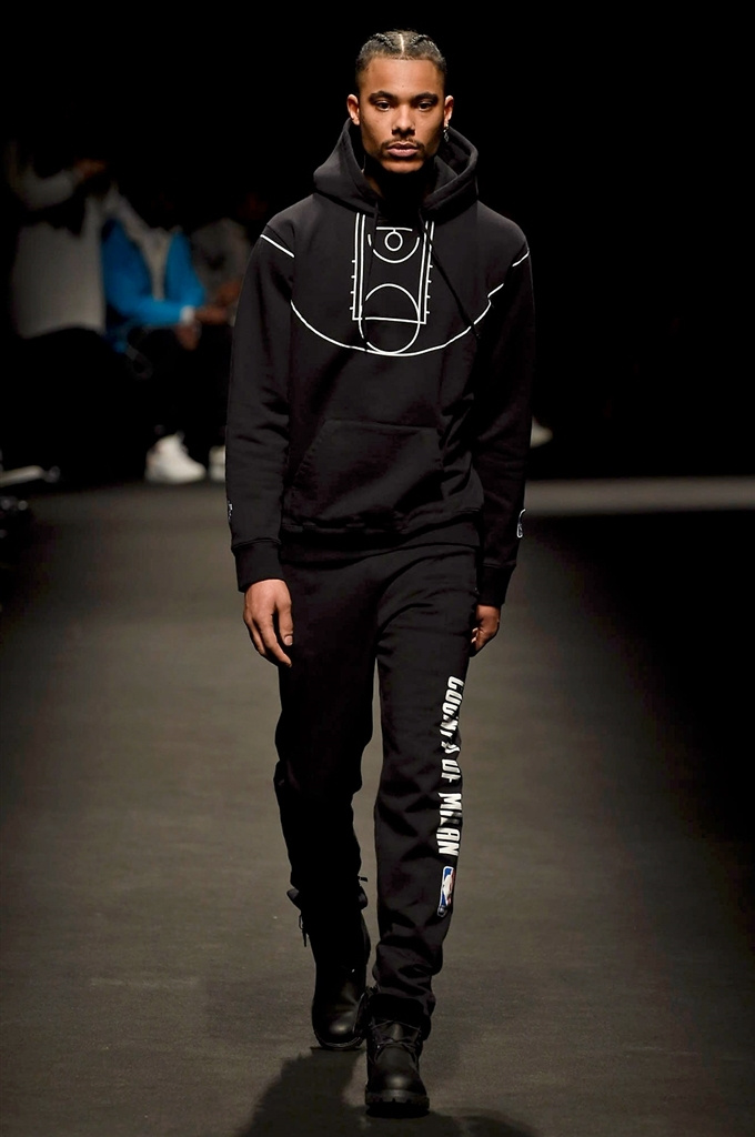 Fotoservizio/FW 2018-2019/MEN/MARCELO BURLON COUNTY OF MILAN/DP2/4