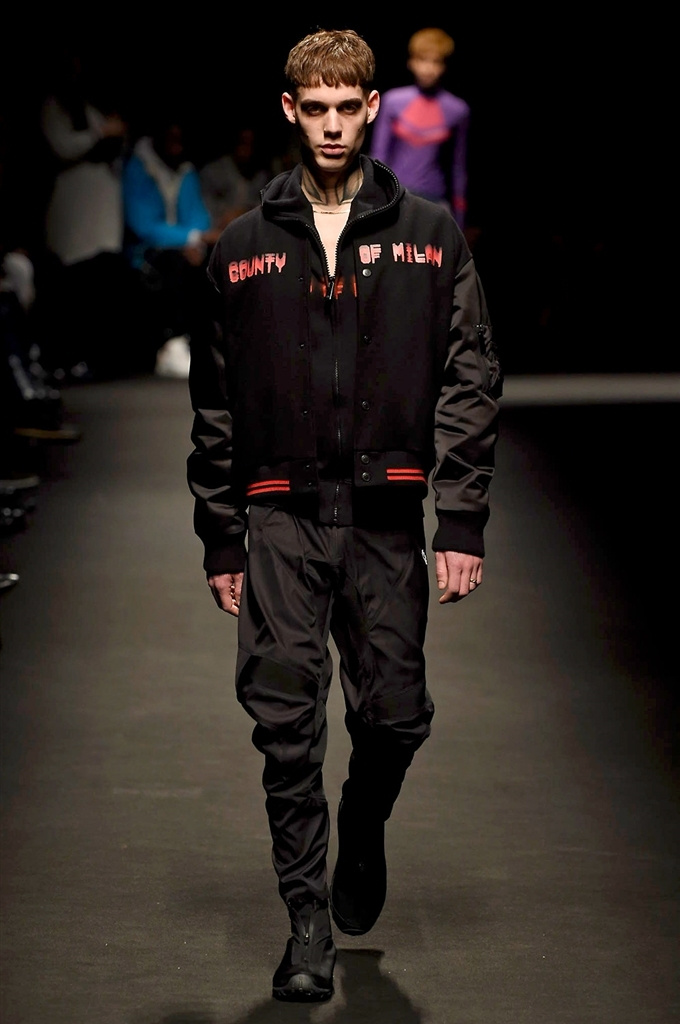 Fotoservizio/FW 2018-2019/MEN/MARCELO BURLON COUNTY OF MILAN/DP2/20