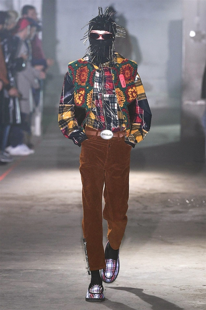 Fotoservizio/FW 2018-2019/MEN/PALM ANGELS/DP2/4