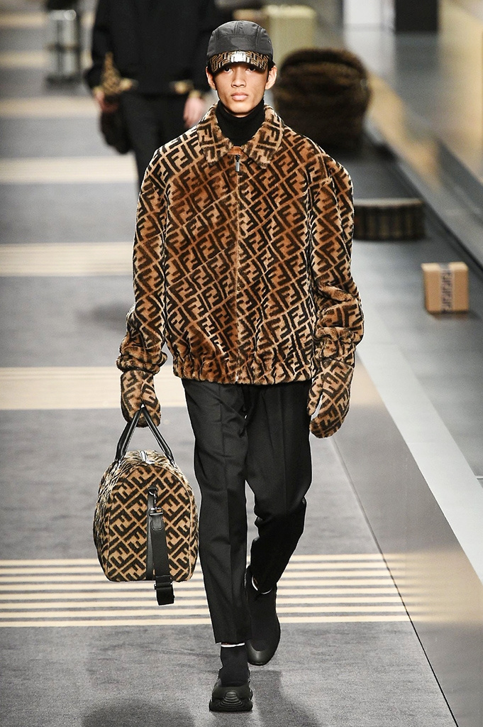 Fotoservizio/FW 2018-2019/MEN/FENDI/DP2/ 4