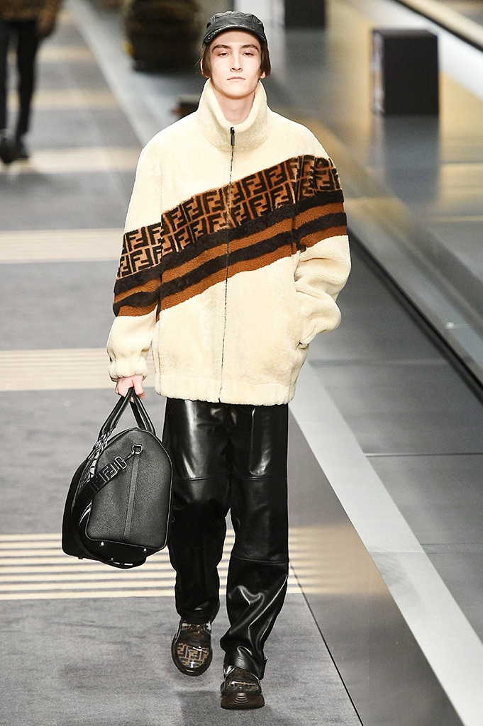 Fotoservizio/FW 2018-2019/MEN/FENDI/DP2/ 1