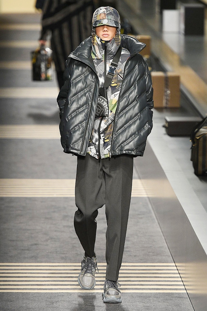 Fotoservizio/FW 2018-2019/MEN/FENDI/DP2/ 15