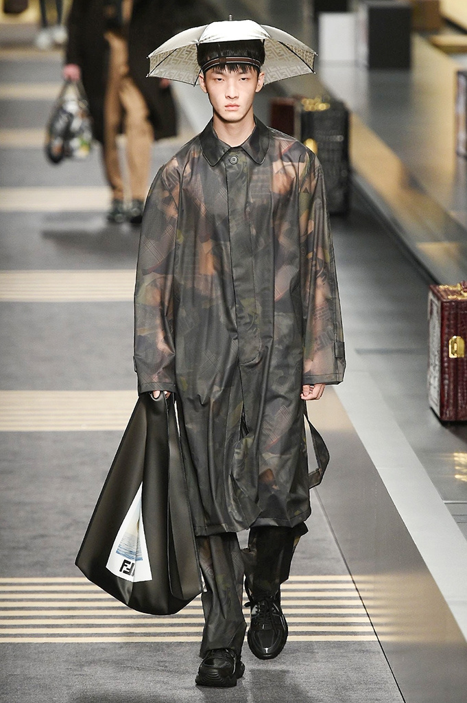 Fotoservizio/FW 2018-2019/MEN/FENDI/DP2/ 25
