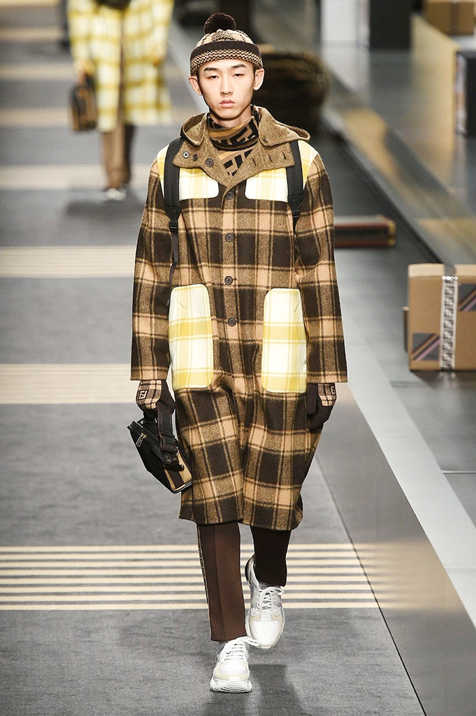 Fotoservizio/FW 2018-2019/MEN/FENDI/DP2/ 29