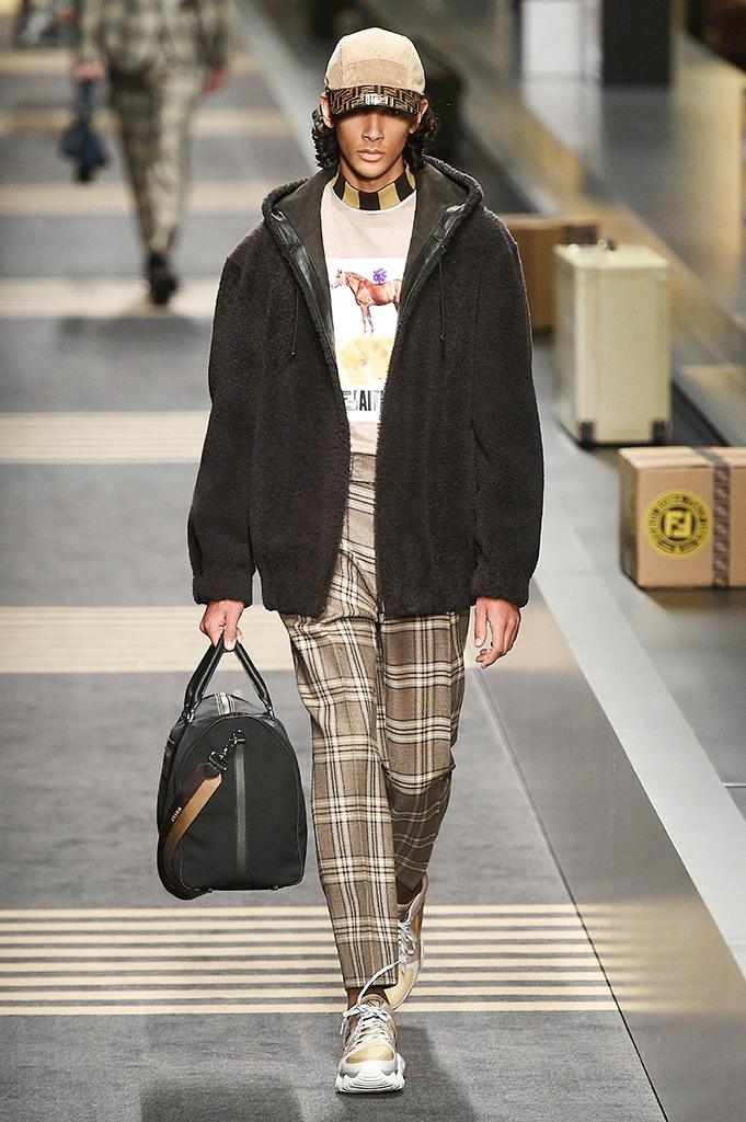 Fotoservizio/FW 2018-2019/MEN/FENDI/DP2/ 38