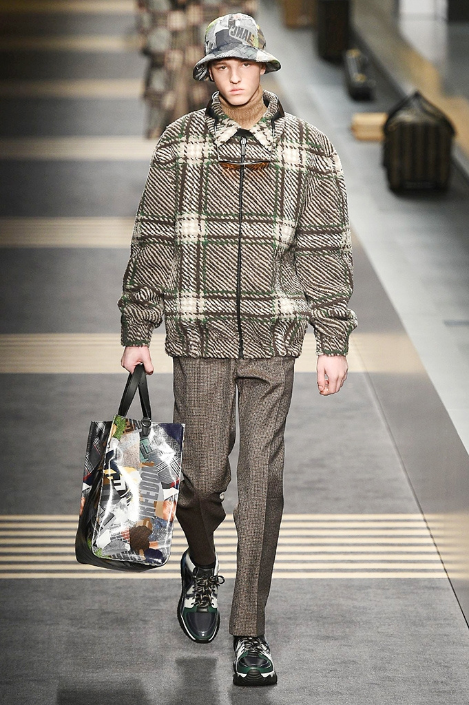Fotoservizio/FW 2018-2019/MEN/FENDI/DP2/ 40