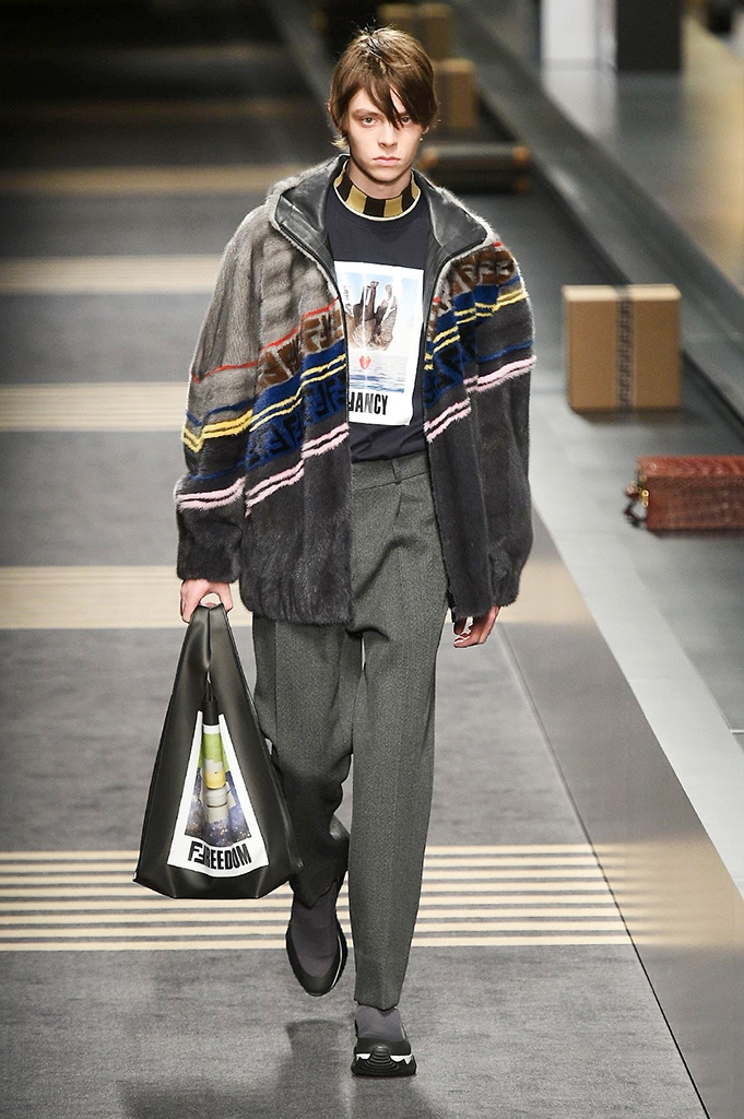 Fotoservizio/FW 2018-2019/MEN/FENDI/DP2/ 54