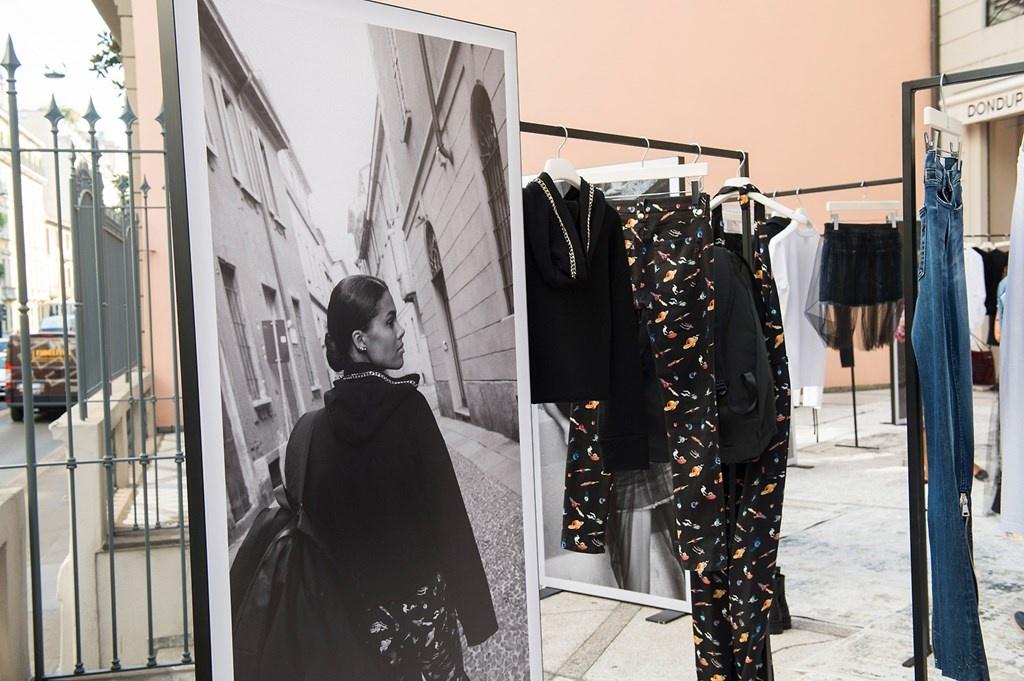 Fotoservizio/SS 2019/WOMEN/PRESENTAZIONE/DONDUP/DP2/111