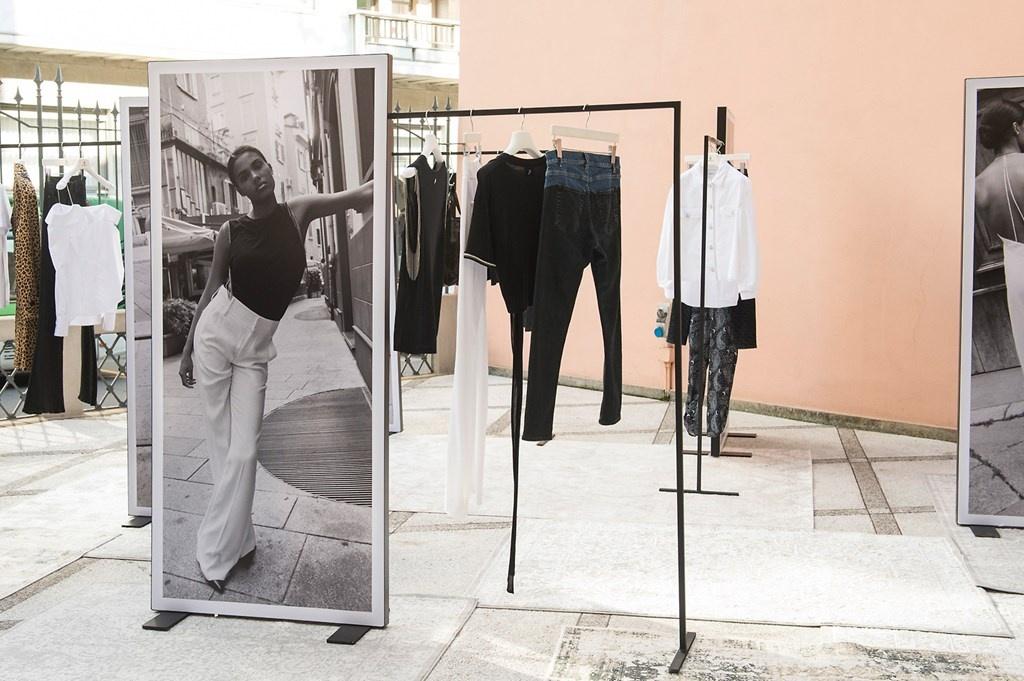 Fotoservizio/SS 2019/WOMEN/PRESENTAZIONE/DONDUP/DP2/112