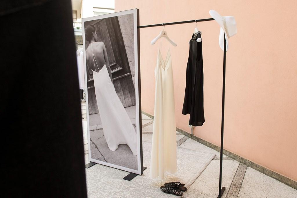 Fotoservizio/SS 2019/WOMEN/PRESENTAZIONE/DONDUP/DP2/114