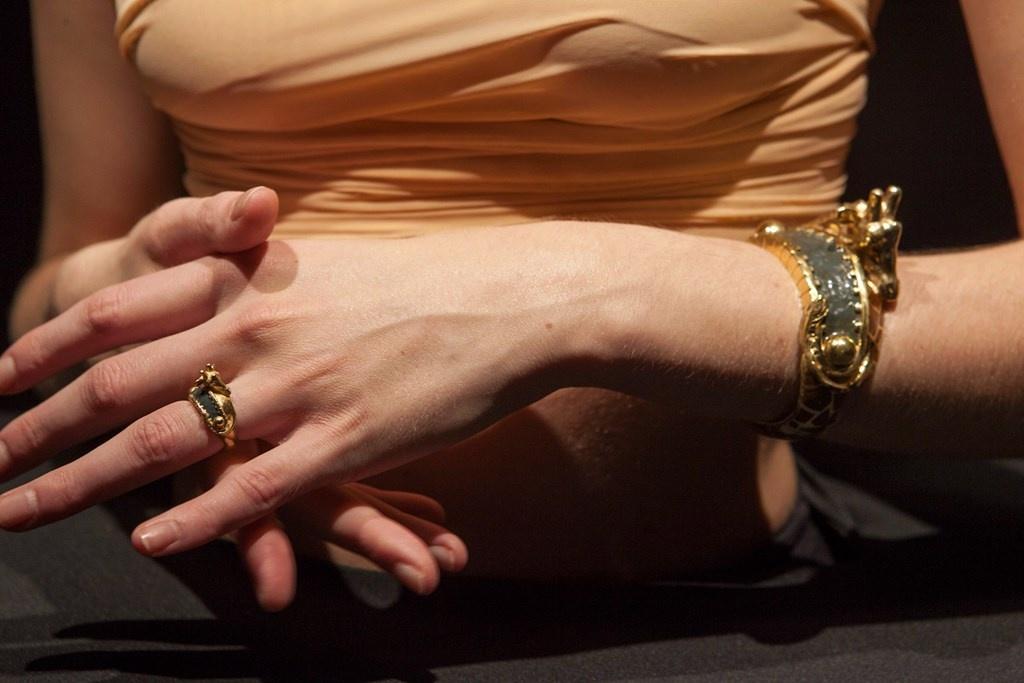Fotoservizio/SS 2019/WOMEN/PRESENTAZIONE/GIANNI DE BENEDITTIS PER FUTUROREMOTO GIOIELLI/DP2/1