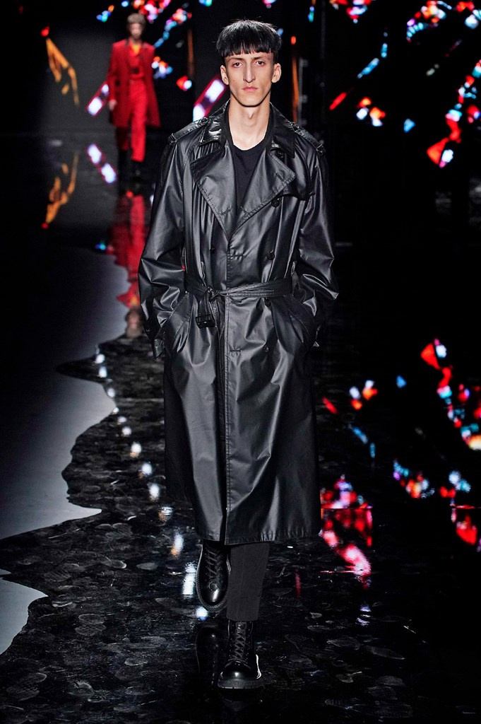 Fotoservizio/FW 19-20/MEN/SFILATA/NEIL BARRETT/DP2/3