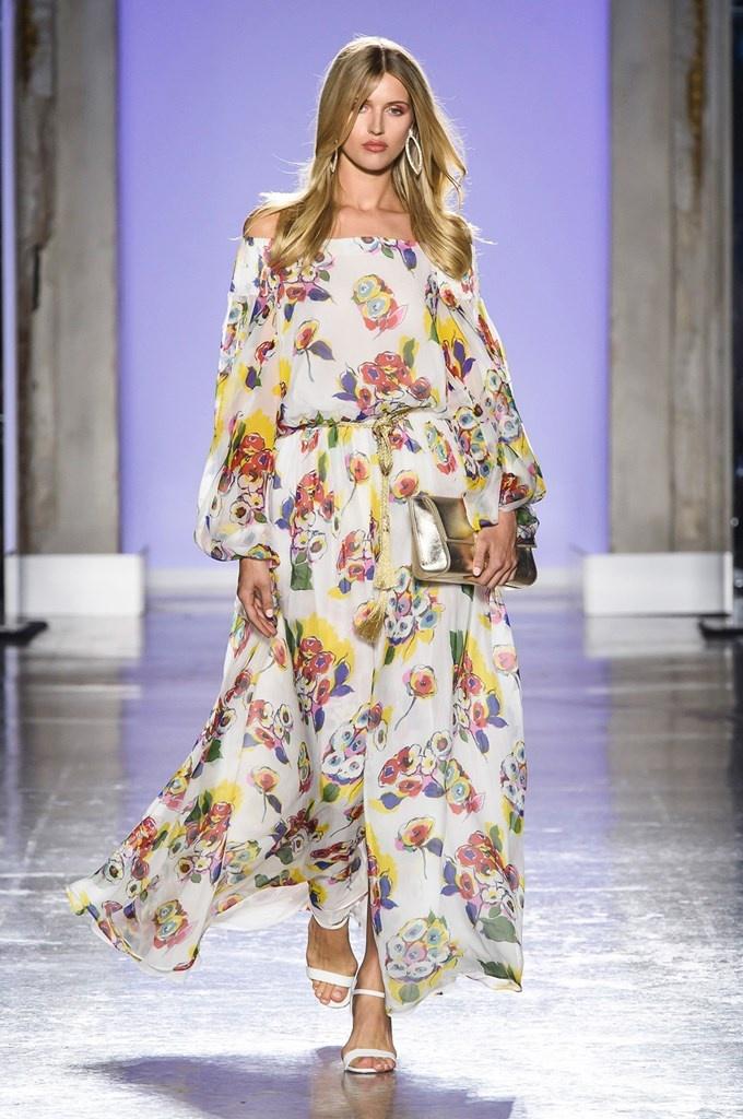 67611f3d186f LUISA SPAGNOLI, Presentazioni • Milano Moda Donna S/S 2019