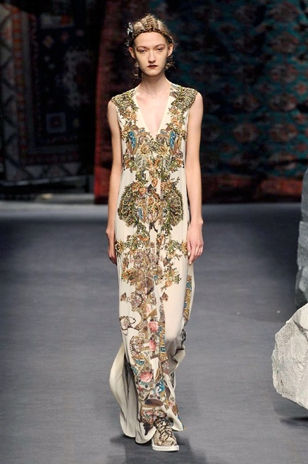Fotoservizio/SS 2016/WOMEN/ANTONIO MARRAS/DP1/0