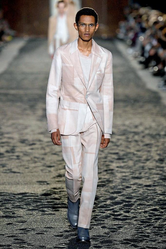Calendario Sfilate Settembre 2020.Milano Moda Uomo S S 2020 14 17 Giugno 2019 Camera