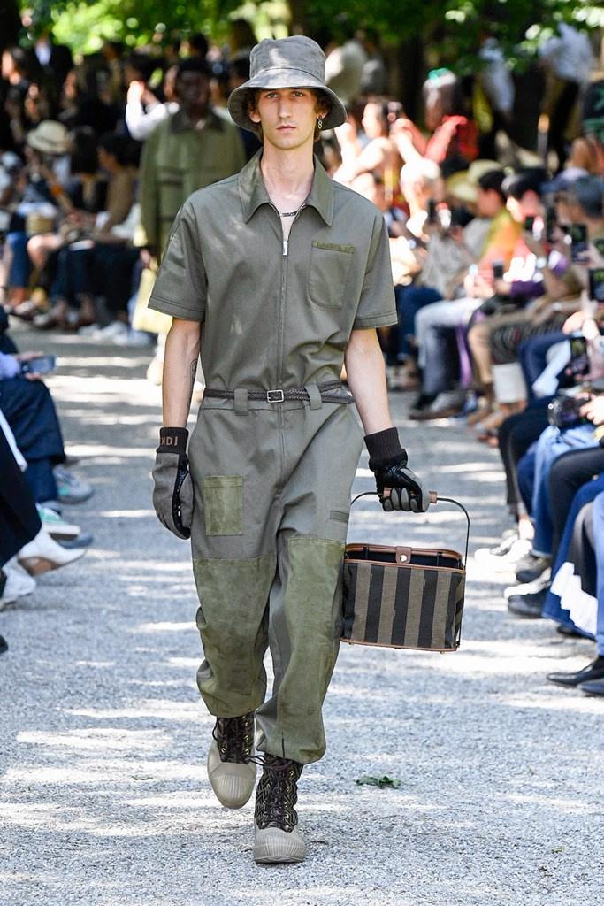 hot sales 01c40 6cf66 ab0ed87 sfilate primavera estate 2017 moda uomo vogue ...
