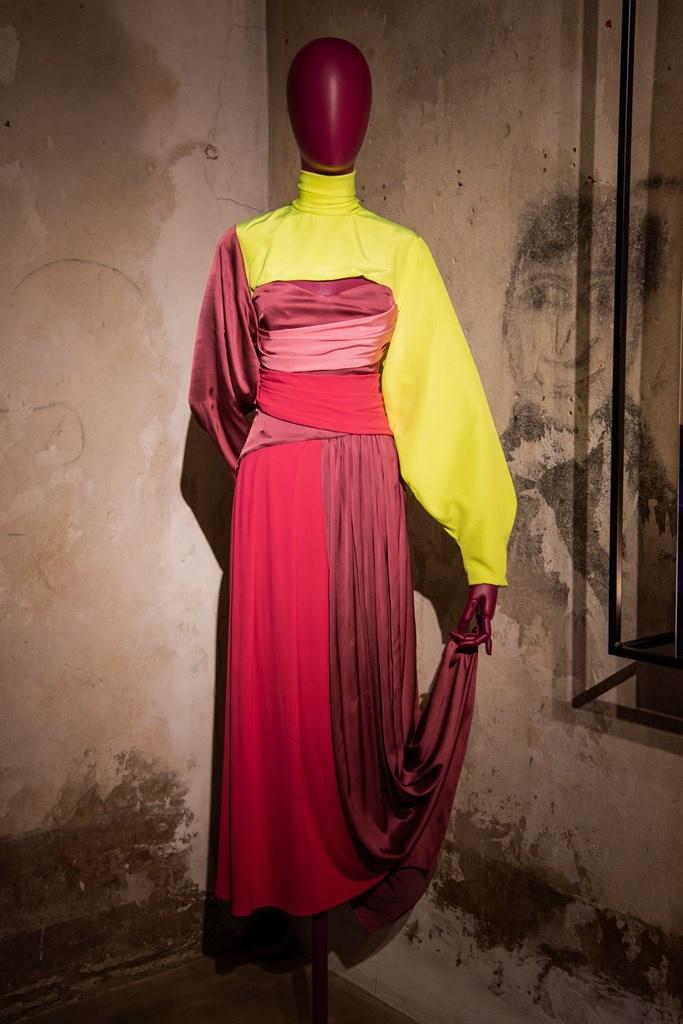 Fotoservizio/FW 20-21/WOMEN/PRESENTAZIONE/ROMEO GIGLI/DP2/12