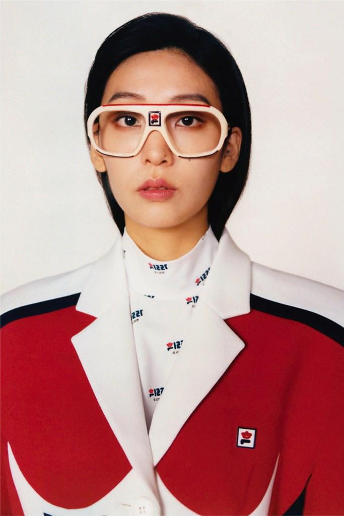 Fotoservizio/FW 21-22/WOMEN/PRESENTAZIONE/PUSH BUTTON FOR FILA KOREA/DP2/13