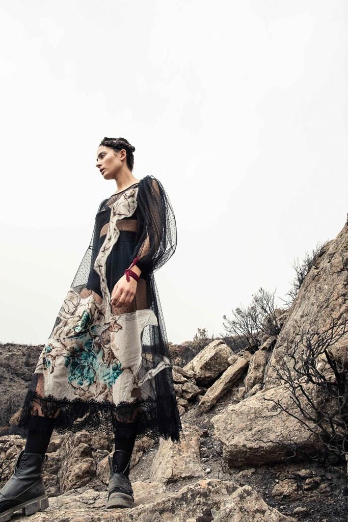 Fotoservizio/SS 2022/WOMEN/SFILATA/ANTONIO MARRAS/DP2/26