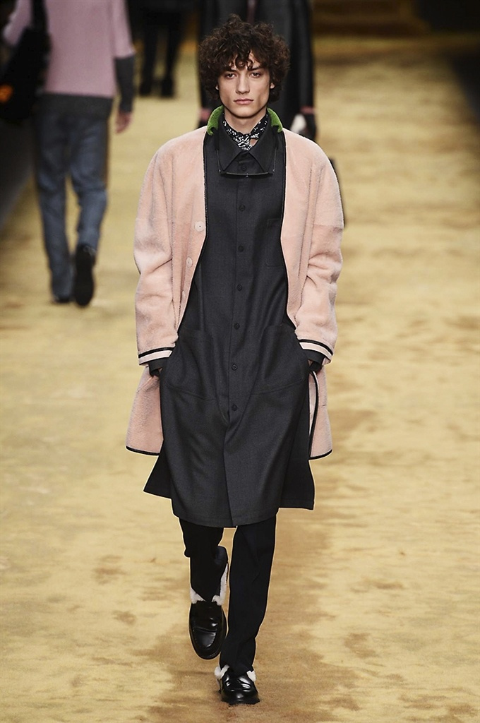 Fotoservizio/FW 2016-2017/MEN/FENDI/DP2/15