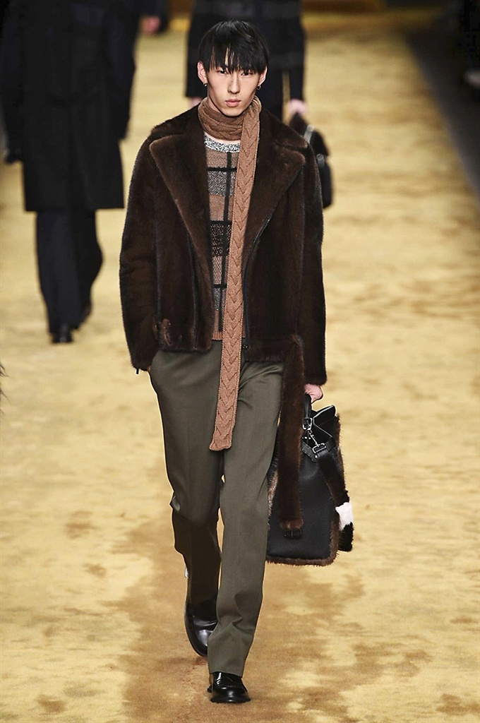 Fotoservizio/FW 2016-2017/MEN/FENDI/DP2/9