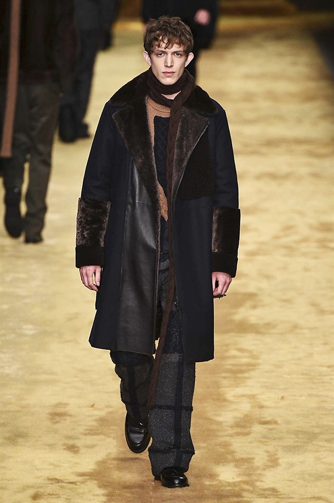 Fotoservizio/FW 2016-2017/MEN/FENDI/DP2/11