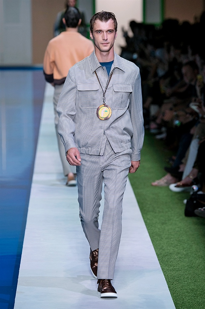 Fotoservizio/SS 2017/MEN/FENDI/DP2/3
