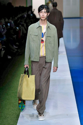 Fotoservizio/SS 2017/MEN/FENDI/DP2/10