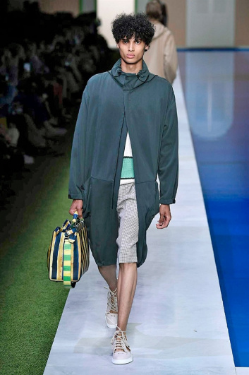 Fotoservizio/SS 2017/MEN/FENDI/DP2/18