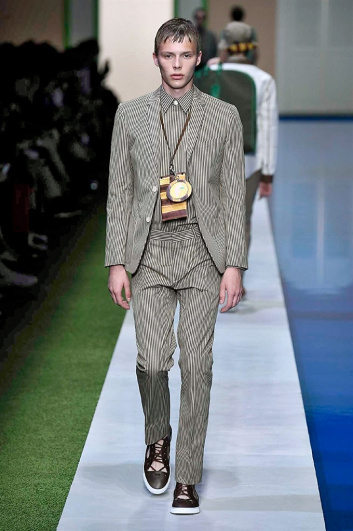 Fotoservizio/SS 2017/MEN/FENDI/DP2/26
