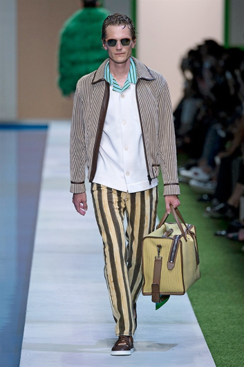 Fotoservizio/SS 2017/MEN/FENDI/DP2/27
