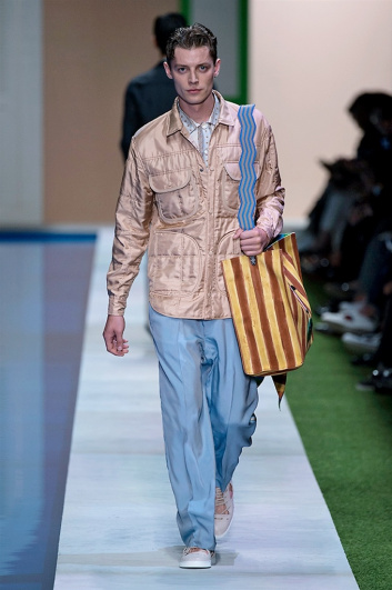 Fotoservizio/SS 2017/MEN/FENDI/DP2/35