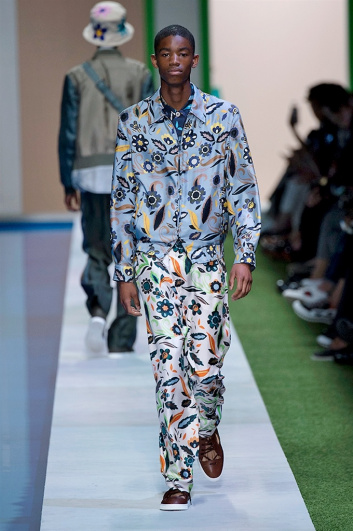 Fotoservizio/SS 2017/MEN/FENDI/DP2/43