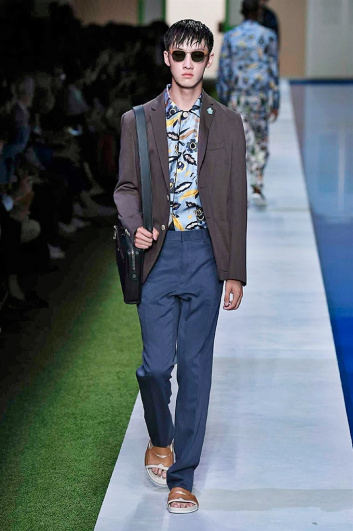 Fotoservizio/SS 2017/MEN/FENDI/DP2/44