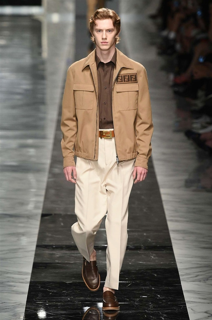 Fotoservizio/SS 2018/MEN/FENDI/DP2/1