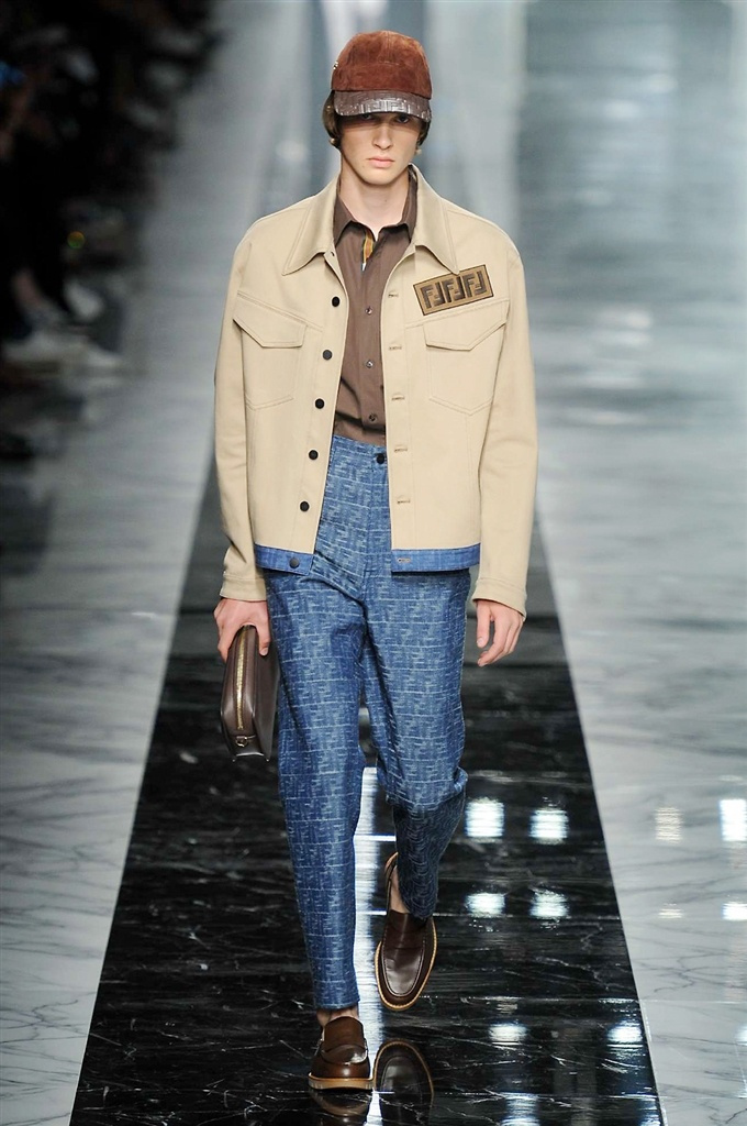 Fotoservizio/SS 2018/MEN/FENDI/DP2/6