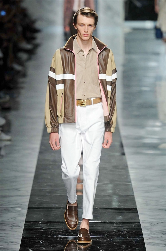Fotoservizio/SS 2018/MEN/FENDI/DP2/8